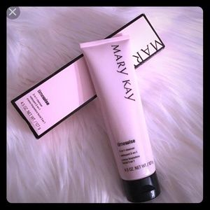 Mary Kay 3-in-1 cleanser
